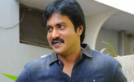Sunil has taken up comedian roles again