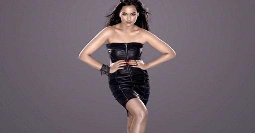 Sonakshi Stunning Look